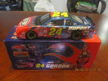 Jeff Gordon 1/32 2001 Championship Flame Dupont  NASCAR Car in Warner Robins, Georgia